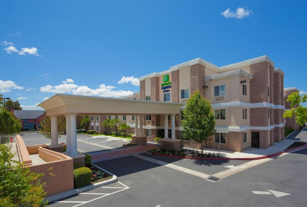 Holiday Inn Express Hotel & Suites Livermore, an IHG Hotel
