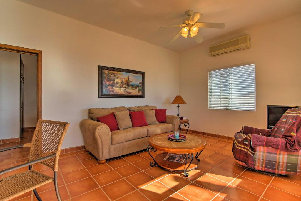 Charming Las Conchas Home with Deck - Steps to Beach!