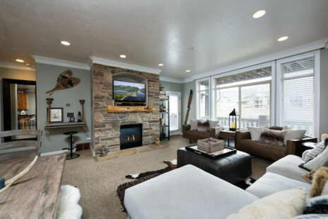 Gorgeous 3-Bedroom Condo LS 29 Vacation Rental near Snowbasin Resort
