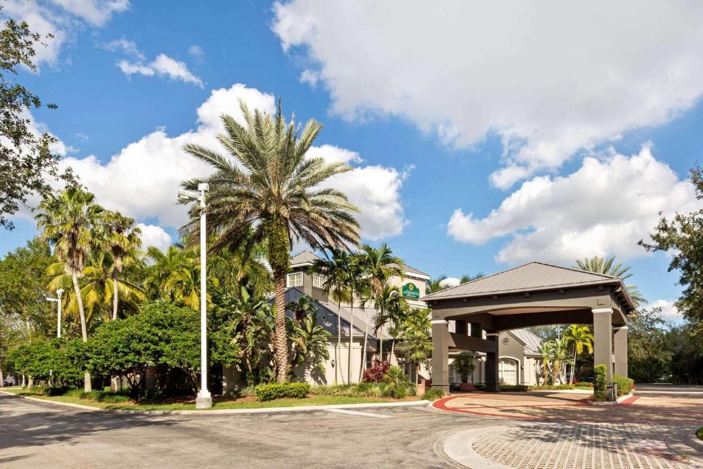 La Quinta by Wyndham Ft. Lauderdale Plantation