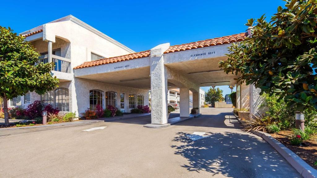 SureStay Hotel by Best Western Camarillo