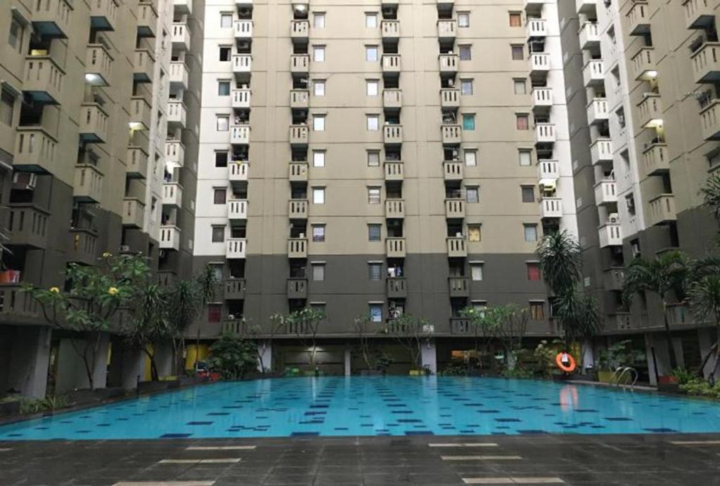 OYO 2402 Apartment Gateway Cicadas By Prisma
