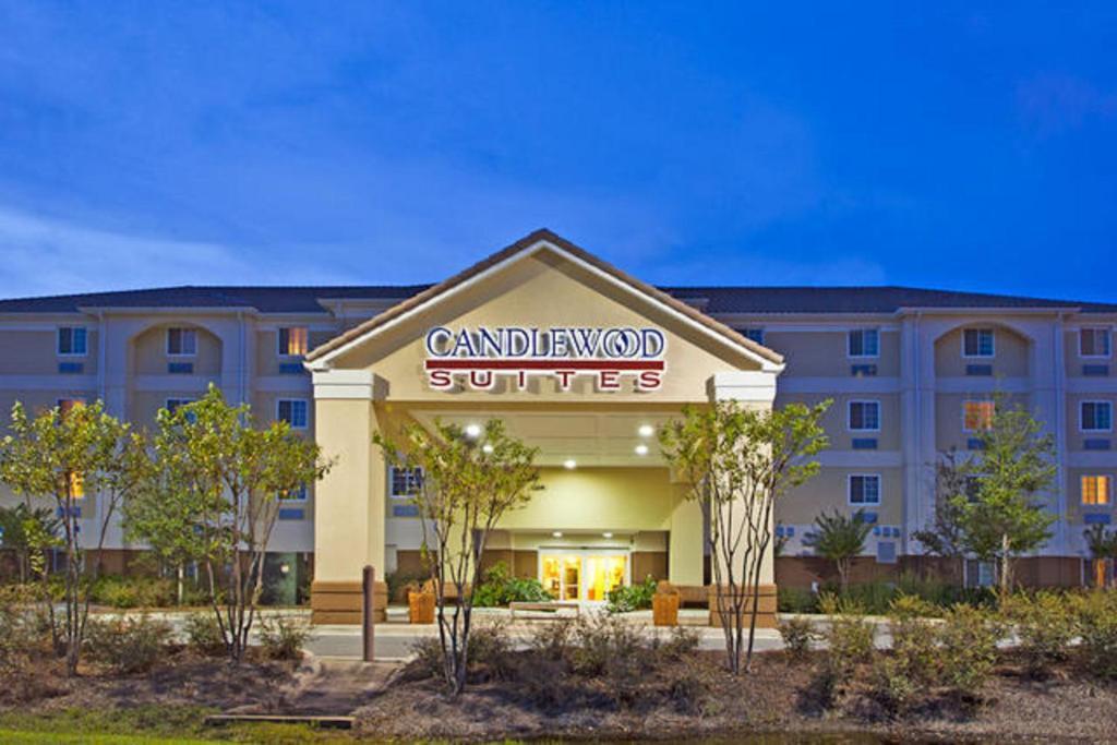 Candlewood Suites Destin-Sandestin Area, an IHG Hotel