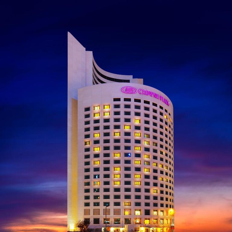 Crowne Plaza Istanbul Oryapark, an IHG Hotel