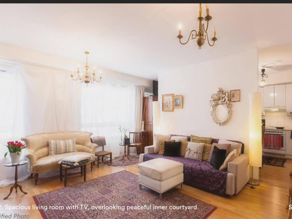 BEAUTIFUL SEASIDE TOWN Apartment with SAUNA and on-premise RESTAURANTS GYM ,SUPERMARKET