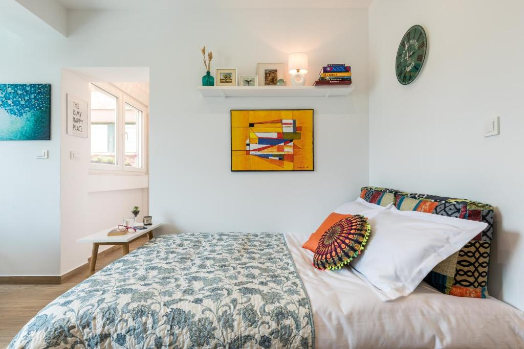 FABULOUS 1BR Home w-ALL You need+Next to OldTown