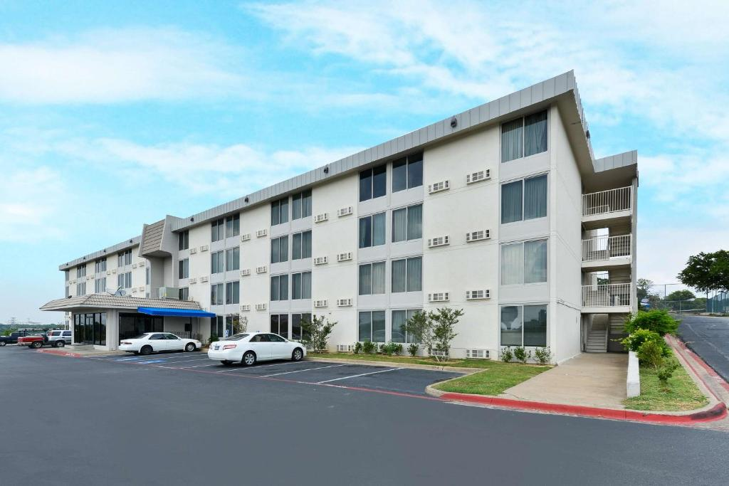 Motel 6-Fort Worth, TX - Downtown East