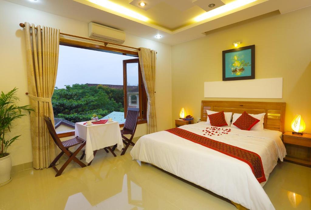 Hoang Thu Hostel