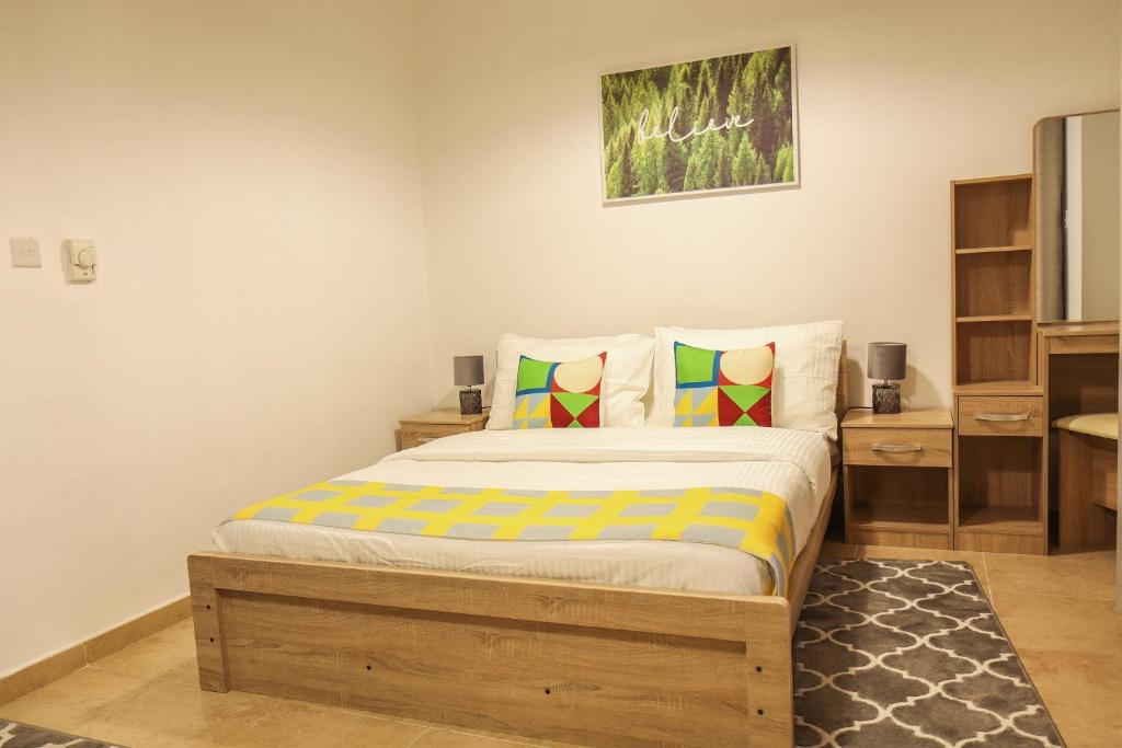 Signature Holiday Homes - Furnished Studio in Silicon Gates 1
