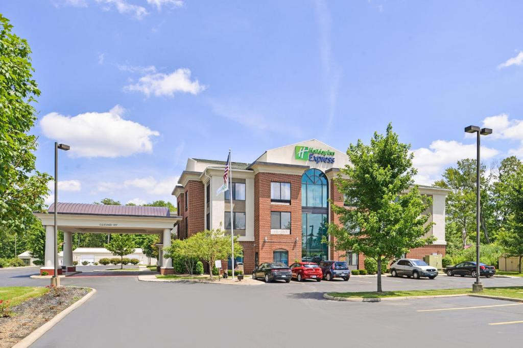 Holiday Inn Express Hotel & Suites Youngstown - North Lima/Boardman, an IHG Hotel