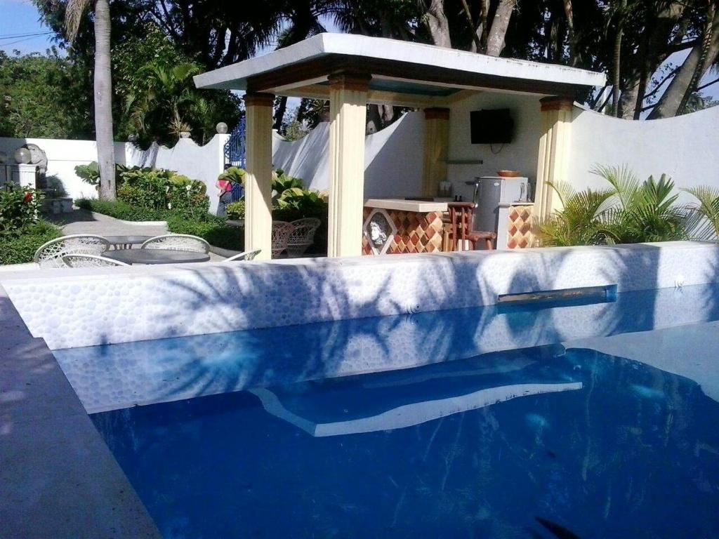 Apartment with 2 bedrooms in Boca Chica with shared pool furnished terrace and WiFi 600 m from the beach