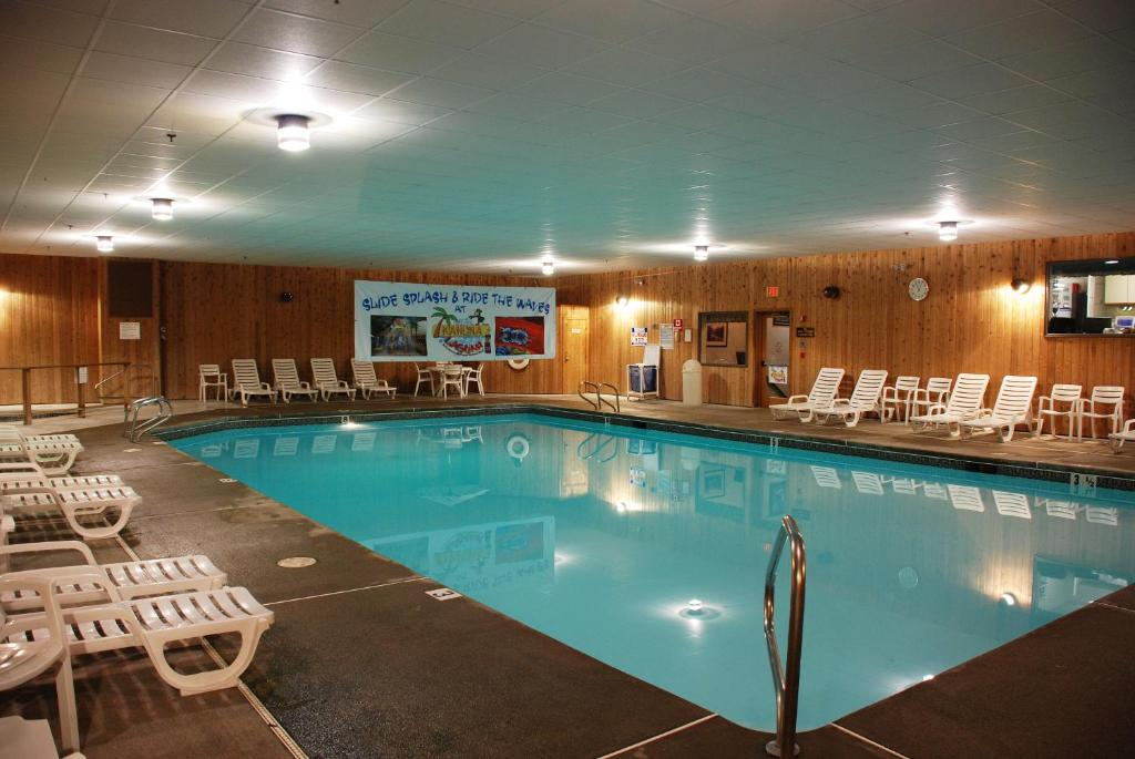 pictures of pools fox ridge a jacket resort conway book your 11671