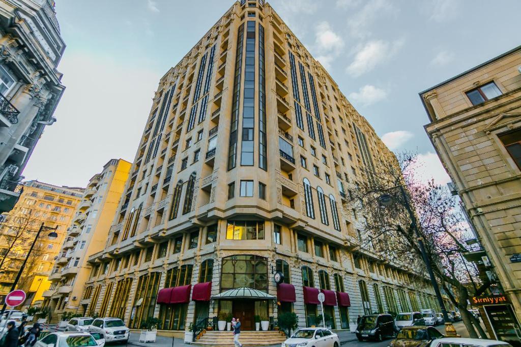 tratament comun în Baku)