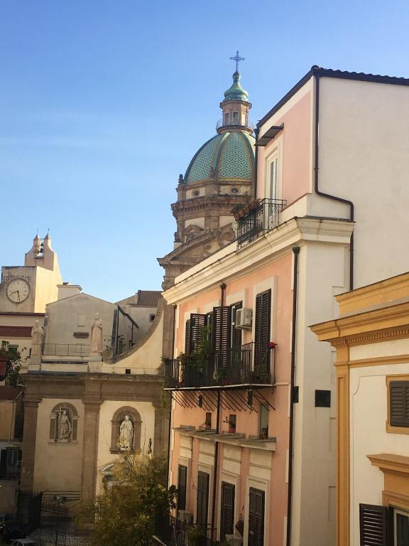 Apartment with one bedroom in Palermo with wonderful city view furnished balcony and WiFi 6 km from the beach