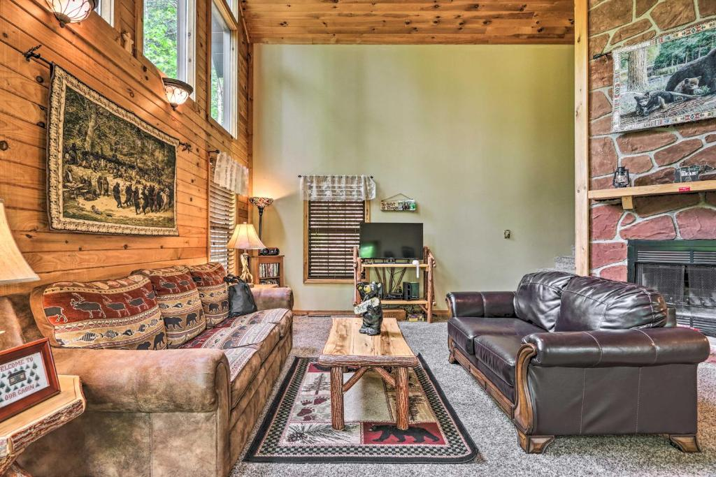Shagbark Resort Cabin w/ Forest Valley Views!