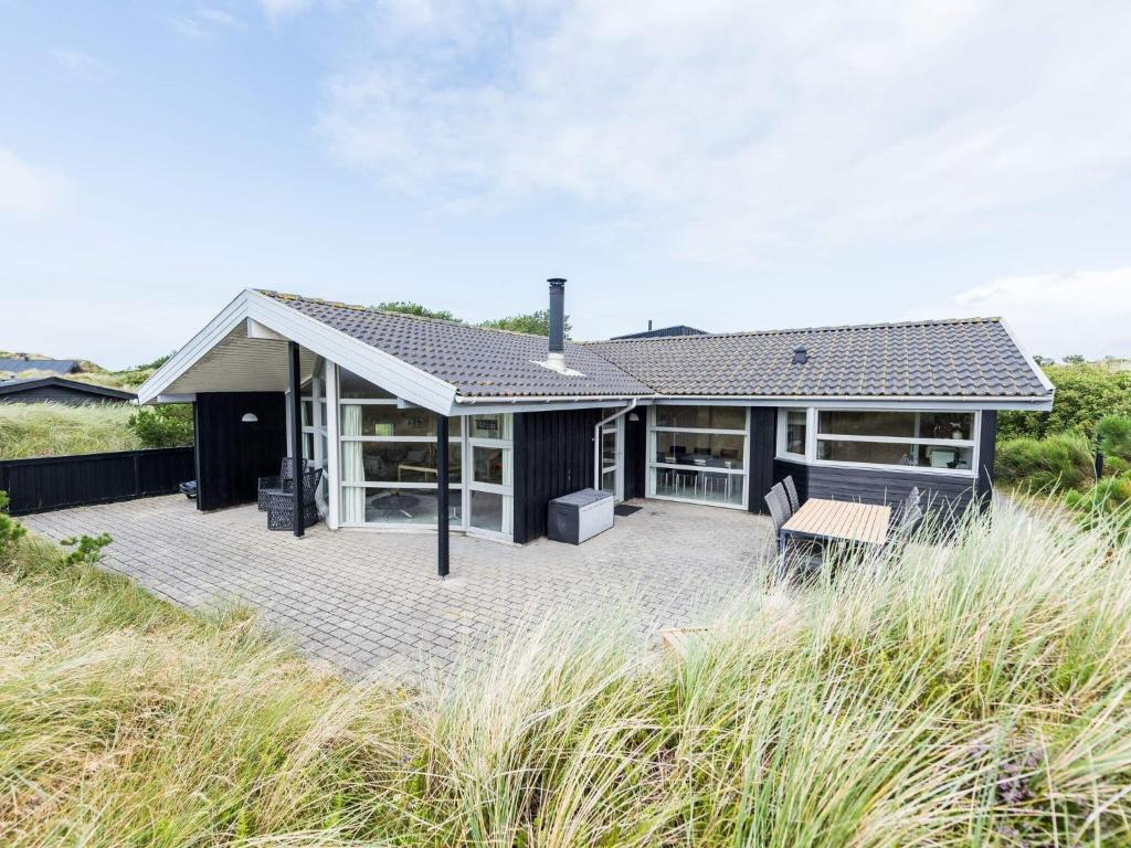 Holiday home Henne LXX