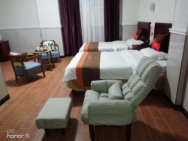 JUN Hotels Anhui Fuyang Yingshang County Jiefang Road Xinyi Middle Store