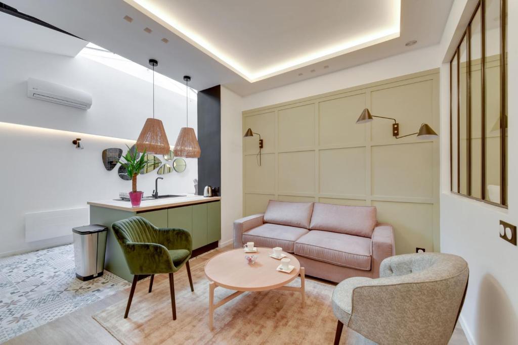 166 Suite Roza amazing flat near Notre Dame