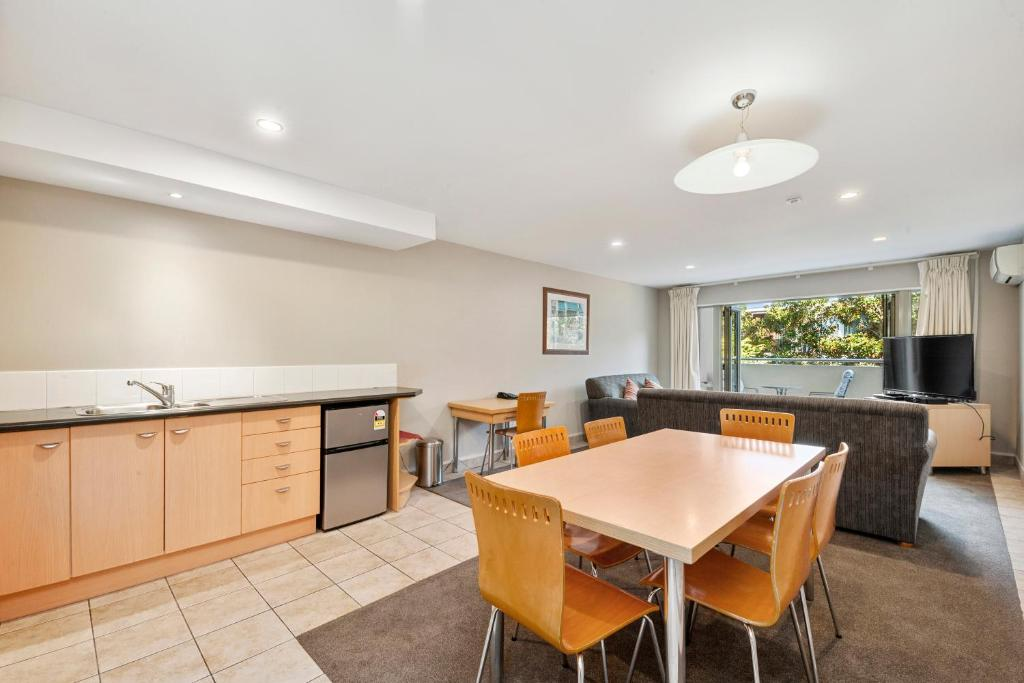 The Tui Townhouse - Taupo Central Holiday Unit