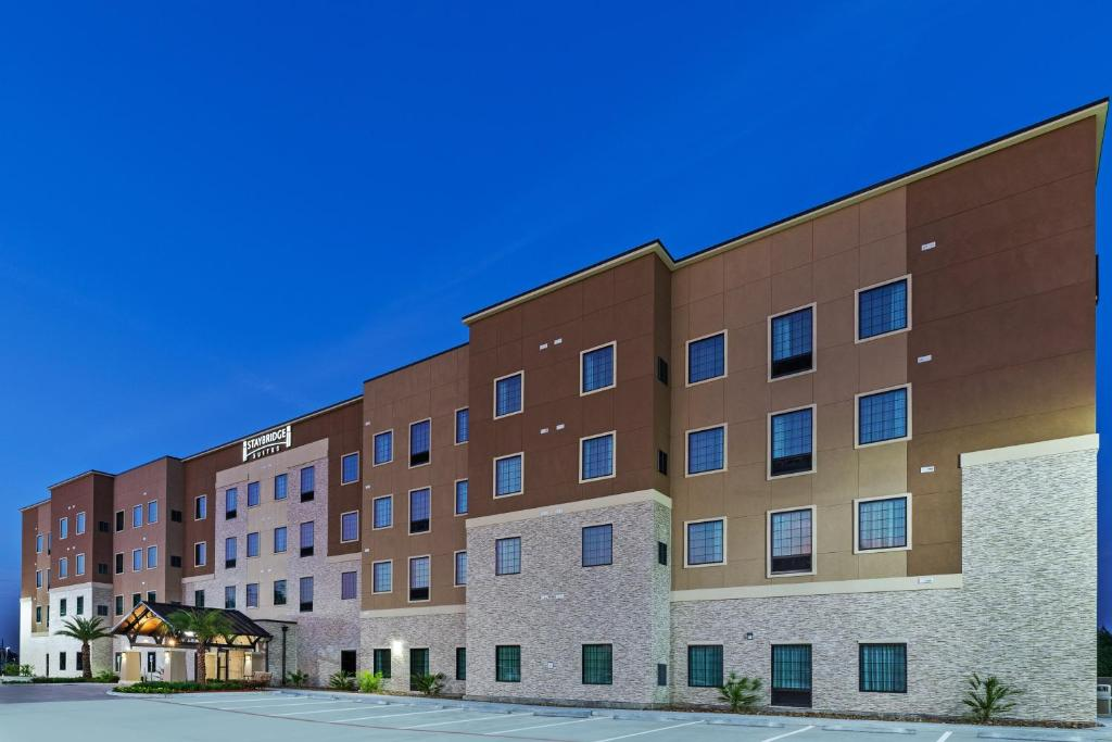 Staybridge Suites - Houston IAH Airport East, an IHG Hotel