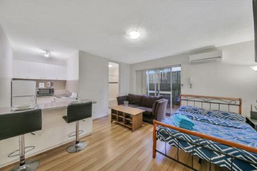 Alma Rd Melbourne Apartments