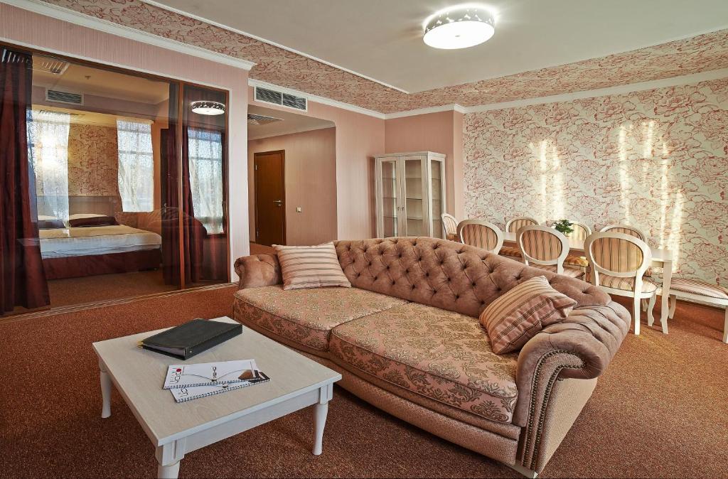 Aer Hotel