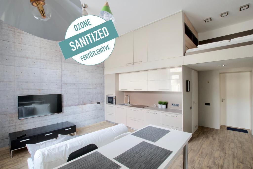 Standard Apartment by Hi5 - Gellért Spa Area