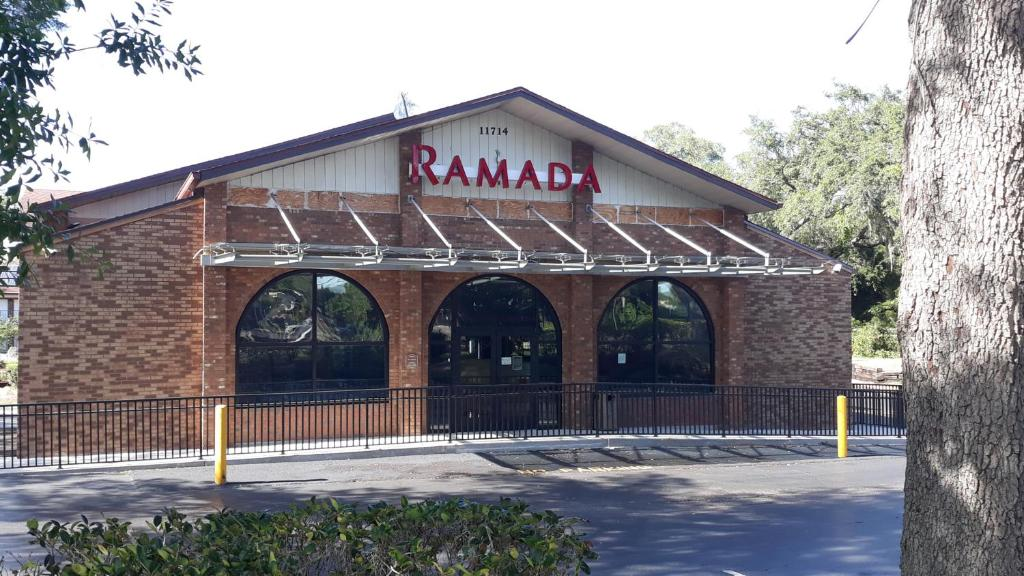 Ramada by Wyndham Temple Terrace/Tampa North
