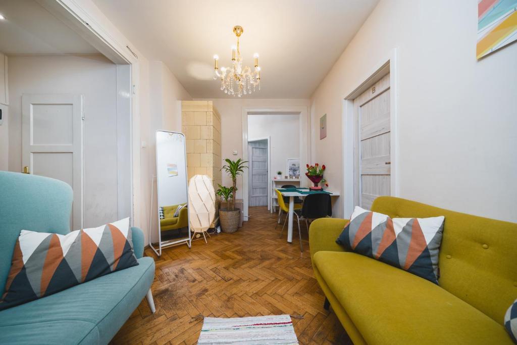 Pretty and Spacious Apartment - Vistula River and Wawel Castle