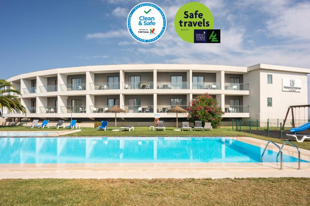 Hotel dos Zimbros, 2970-335 Sesimbra