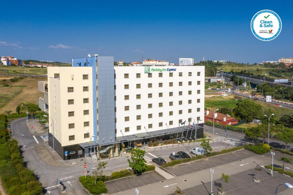 Holiday Inn Express Lisbon-Oeiras, an IHG hotel
