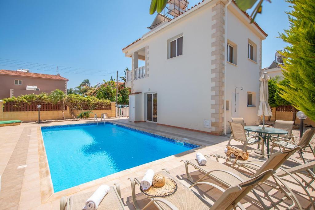 Ayia Thekla Seaside Villa