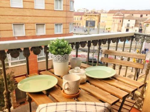 Low cost room & Balcony - Malaga