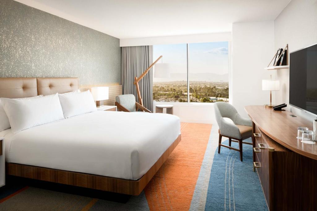 Hilton Los Angeles-Culver City, CA
