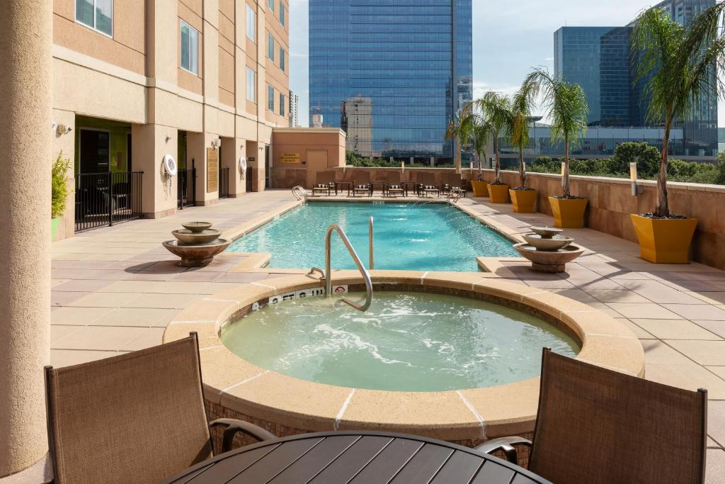 Embassy Suites Houston - Downtown Photo #11