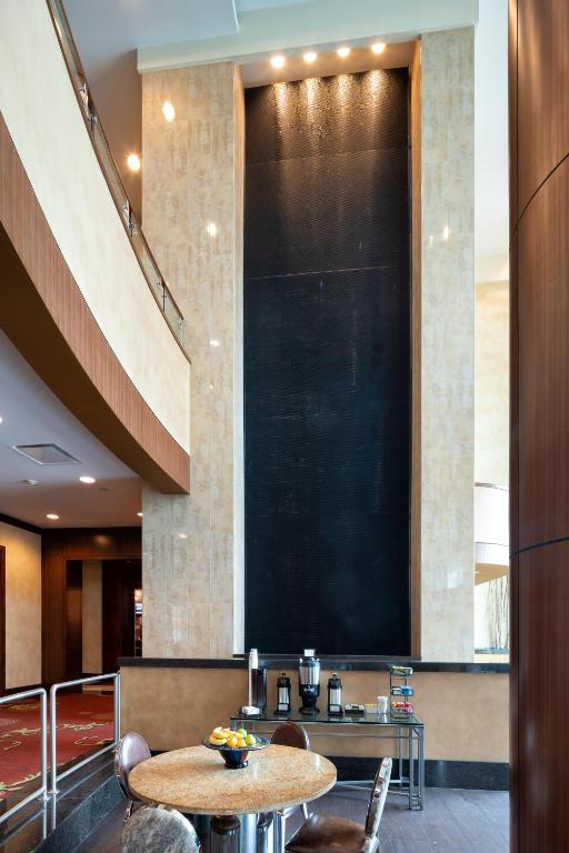 Embassy Suites Houston - Downtown Photo #22