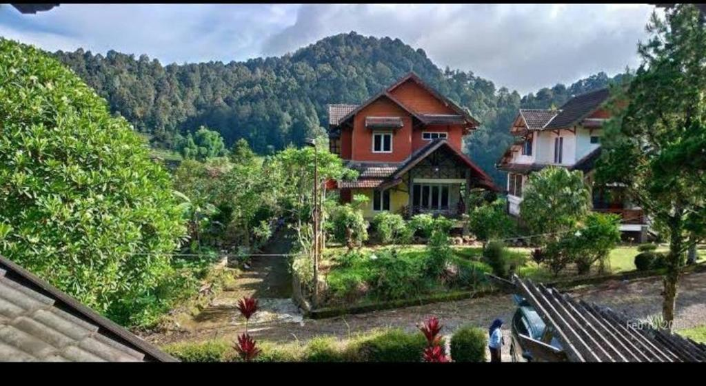 VILLA. ARGAPURI CIWIDEY BANDUNG WEST JAVA INDONESIA