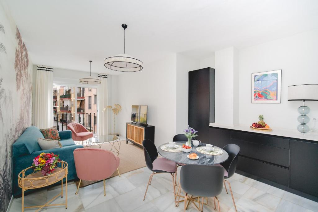 Arco Macarena Suite