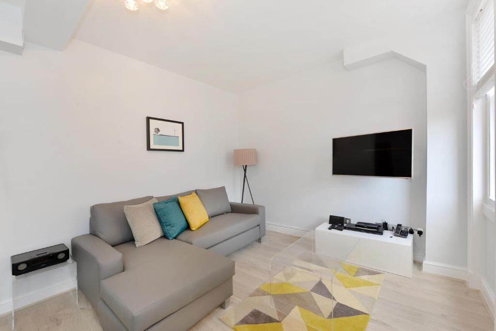 Marylebone High Street Apartment Sleeps 2