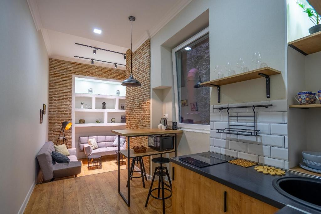 Stylish TwoRoom Apartment in the Center of the City