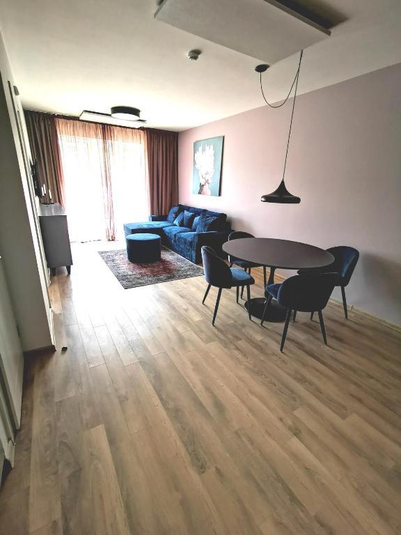 Malūno vilos butų nuoma dviejų kamabrių su balkonu ir vieno kamabario su terasa
