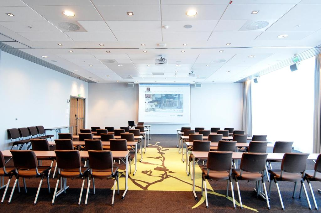 Clarion Hotels for Business Traveler