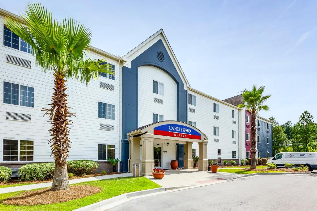 Candlewood Suites Savannah Airport, an IHG Hotel