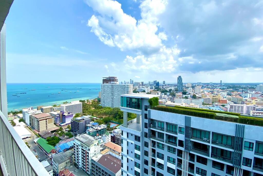 70sqm 2 Bed - 2 Bath - Penthouse Condo The Base Central Pattaya 595