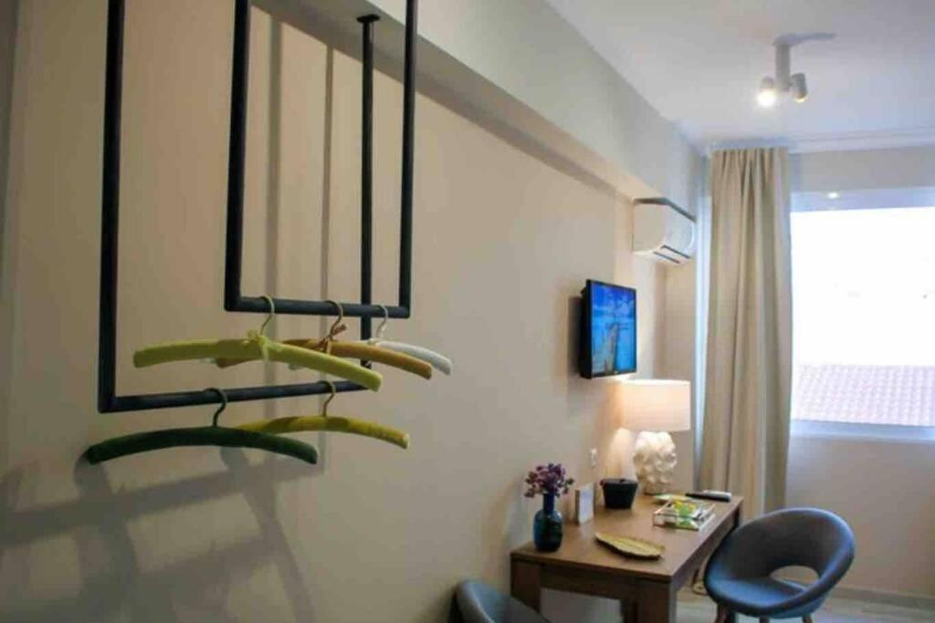 Luxury Suite @Plaka - King Size Bed