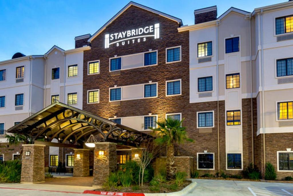 Staybridge Suites College Station, an IHG Hotel