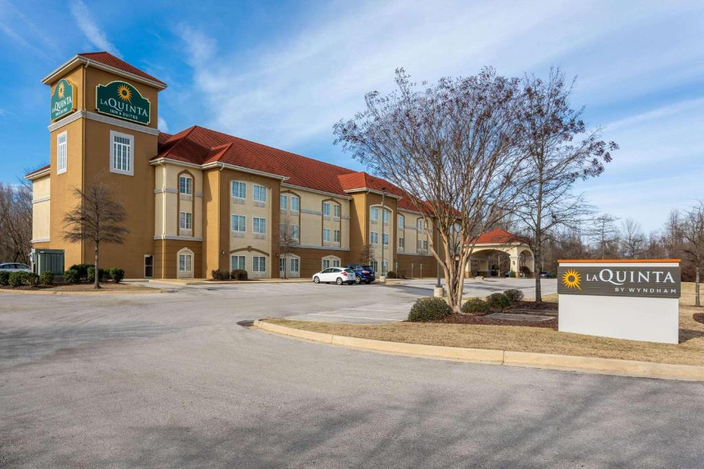 La Quinta by Wyndham Huntsville Airport Madison