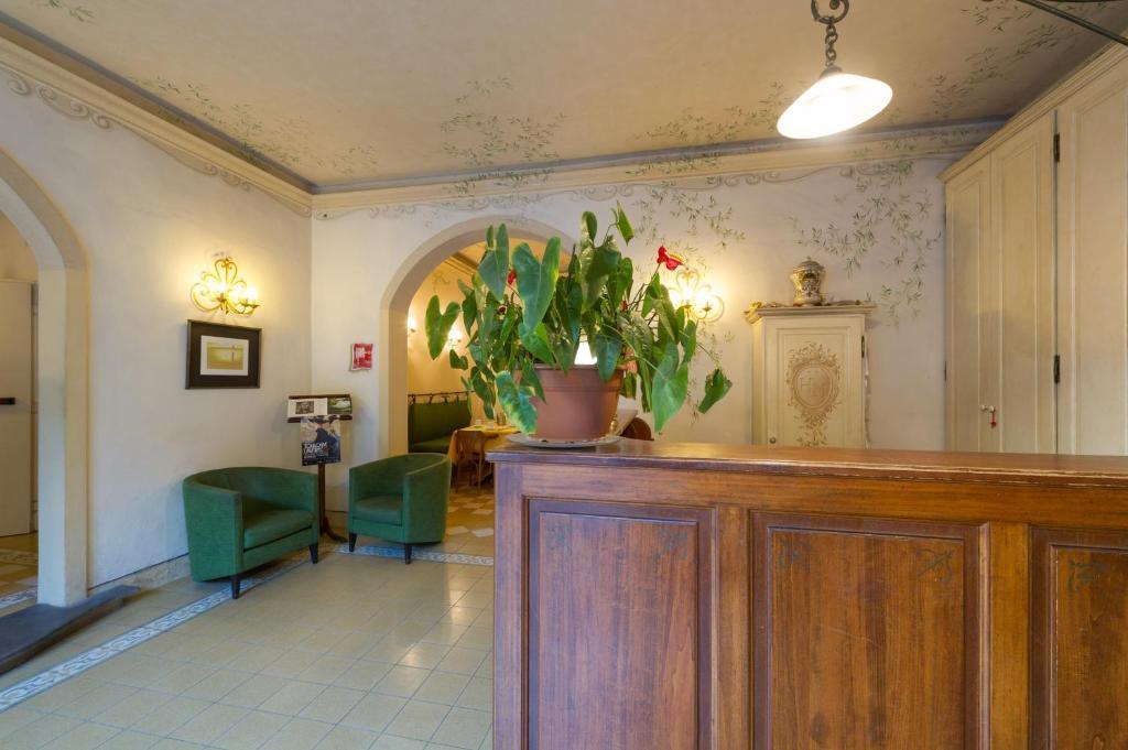 Hotel Moderno - Pisa - ViaMichelin: informatie en online ...