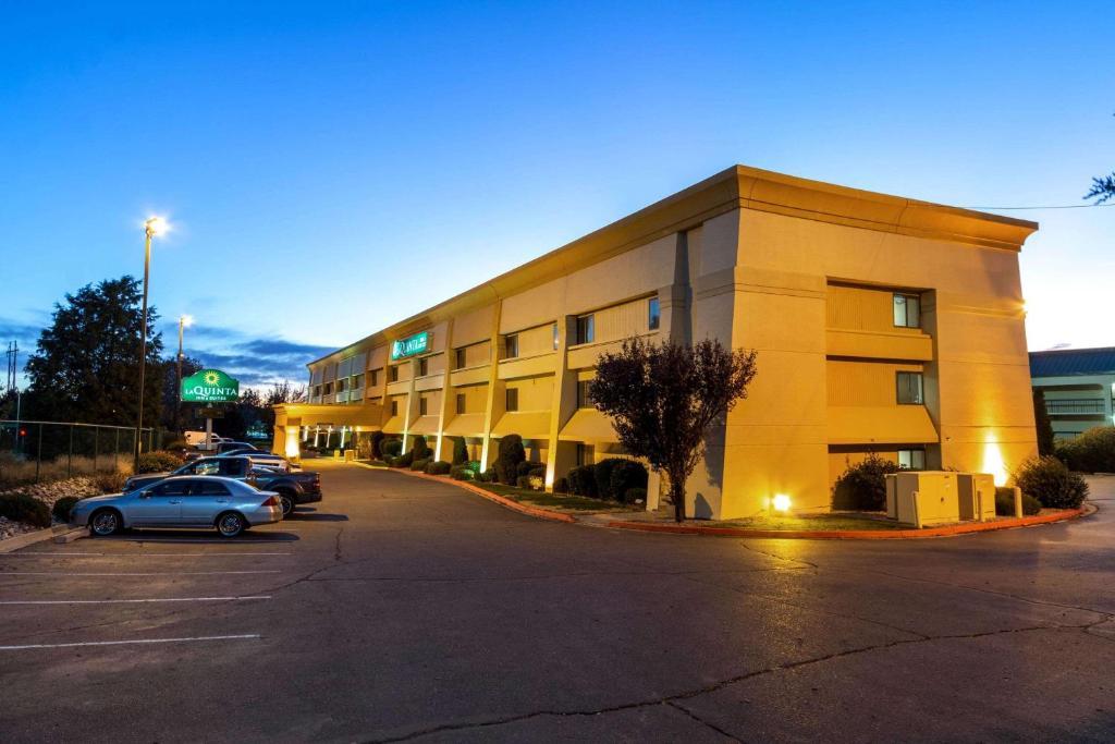 La Quinta by Wyndham Albuquerque Journal Ctr NW