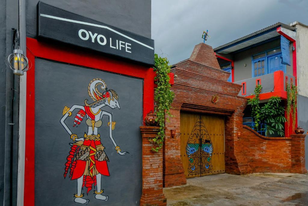 OYO Life 2615 Menik Jaya Margobawero